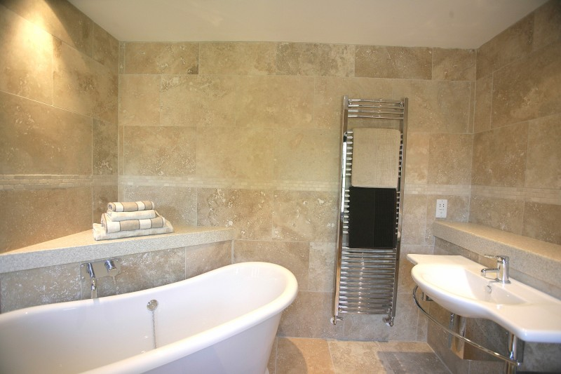 Space inspirers marble and ceramic corp travertine for for Travertine tile in bathroom ideas