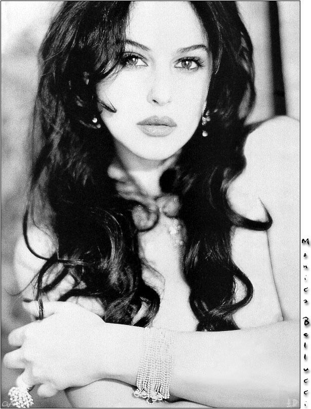 Monica Bellucci - Picture Colection
