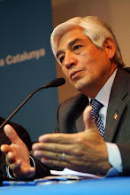 Peruanos Destacados - El cónsul General del Perú en Barcelona, Embajador Miguel Palomino de la Gala