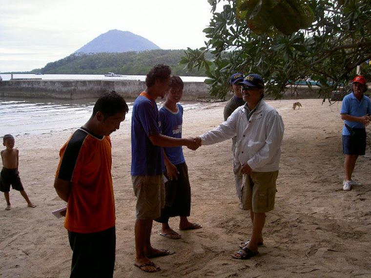 Acara Bersih Pantai Bunaken 2007