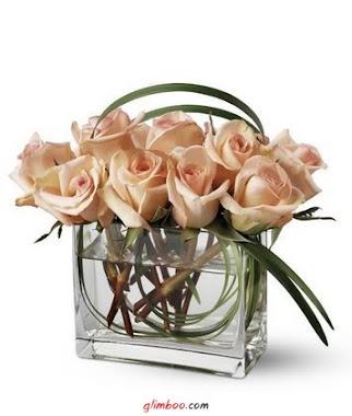Rosas um arranjo delicado...