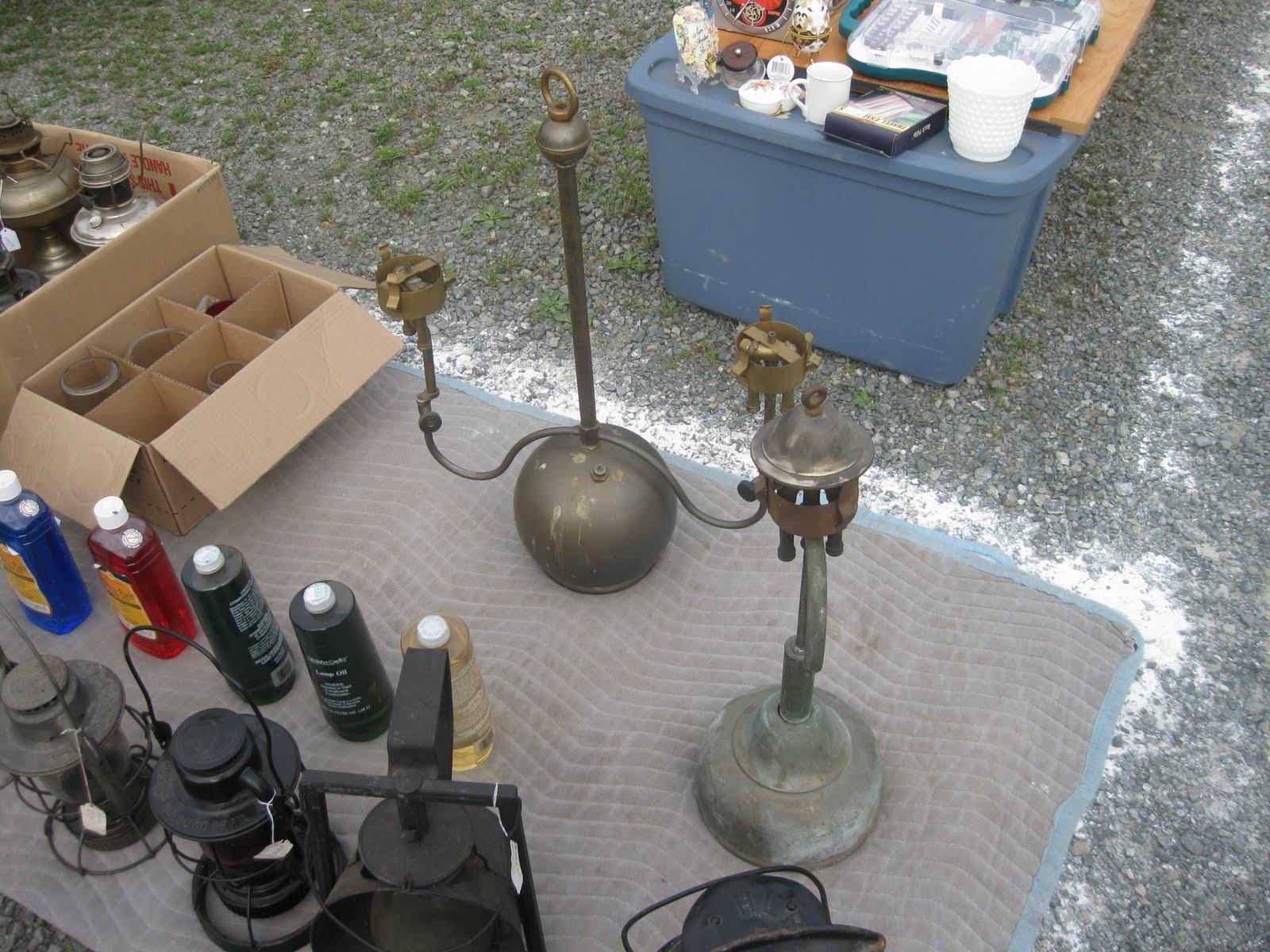 Vintage coleman lanterns flea market find for Coleman s fish market