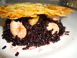 ARROZ NEGRO COM DAMASCO E CAMARES