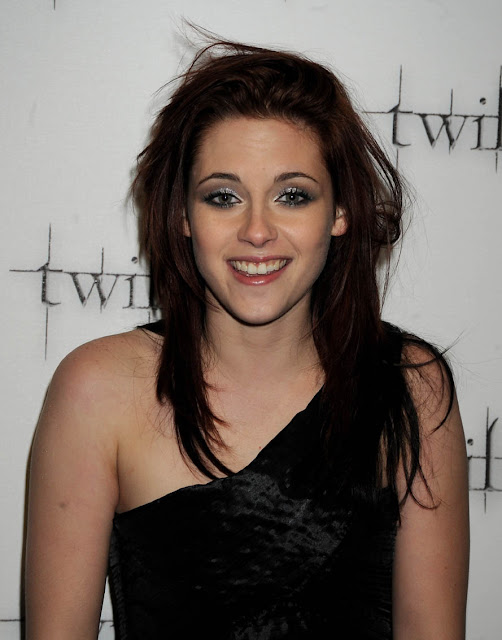 kristen Stewart Hairstyles, Long Hairstyle 2011, Hairstyle 2011, New Long Hairstyle 2011, Celebrity Long Hairstyles 2081