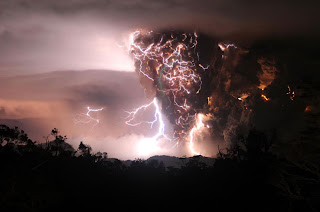 The Chaitén Volcano Lightning pictures gallery