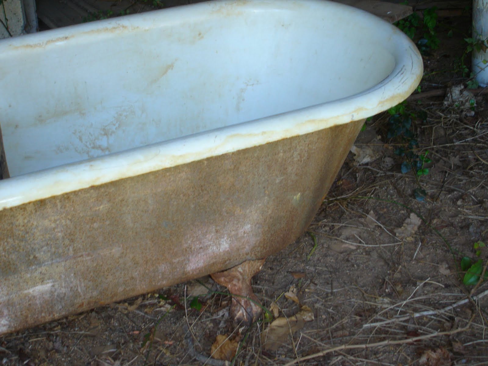 Green Pastures Farm: The Clawfoot Tub