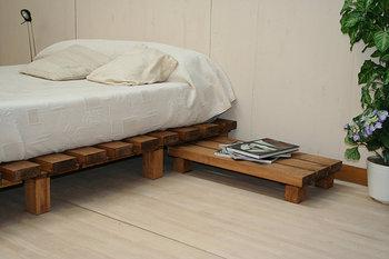 Hogar y jardin c mo hacer una cama con palets - Camas con palets ...