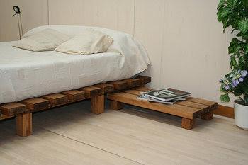 Hogar y jardin c mo hacer una cama con palets - Hacer cama con palets ...