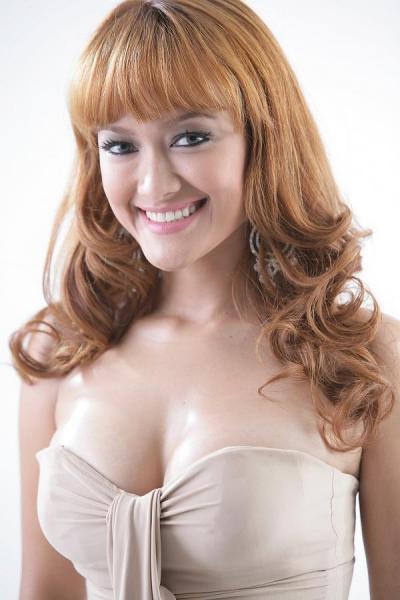 , Hot Dan Seksi Julia Perez