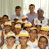 Prefeito Carlindo recebe crianças do projeto defesinha