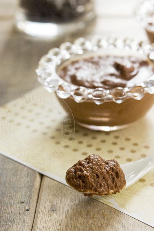 Les petits plats de trinidad mousse fondante la cr me - Mousse au chocolat a la creme ...
