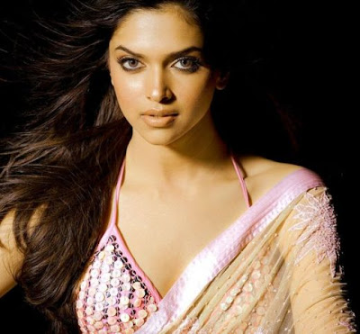 Deepika Padukone Hot Bollywood Babe