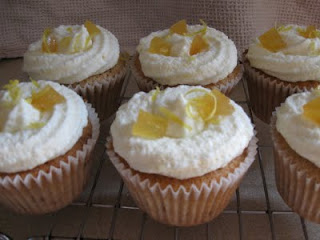 Mainly Baking: Hummingbird Bakery - Ginger Cupcakes