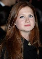 Confira fotos da atriz Bonnie Wright na première de 'The Imaginarium of Doctor Parnassus'