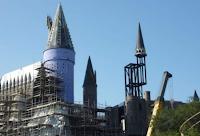 Novas fotos da construção do parque temático baseado na série 'Harry Potter'
