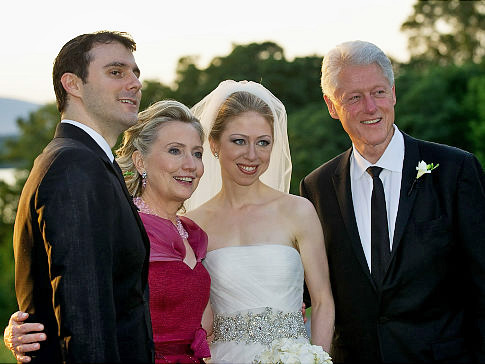 beautiful picture of chelsea clinton