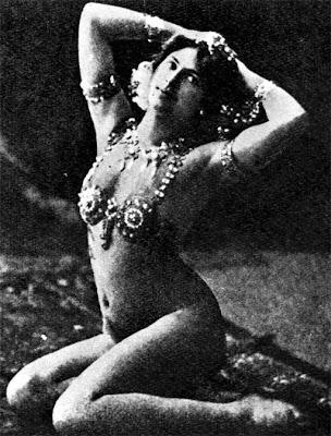 sensual Mata Hari