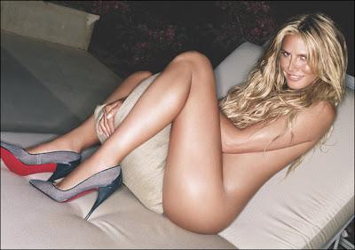 Heidi Klum desnuda en casa