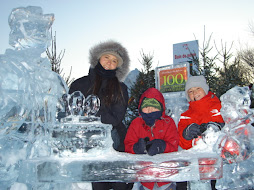 Escultura de gelo em homenagem aos 400 anos de Quebec City