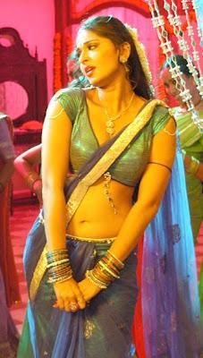 Anushka stills Vedam