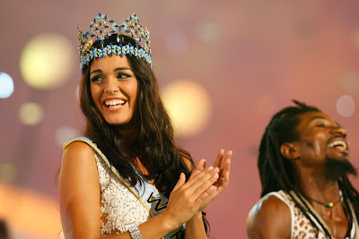 Miss world 2009 winner Kaiane Aldorino