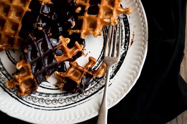 belgian waffle recipe. cinnamon Belgian waffles