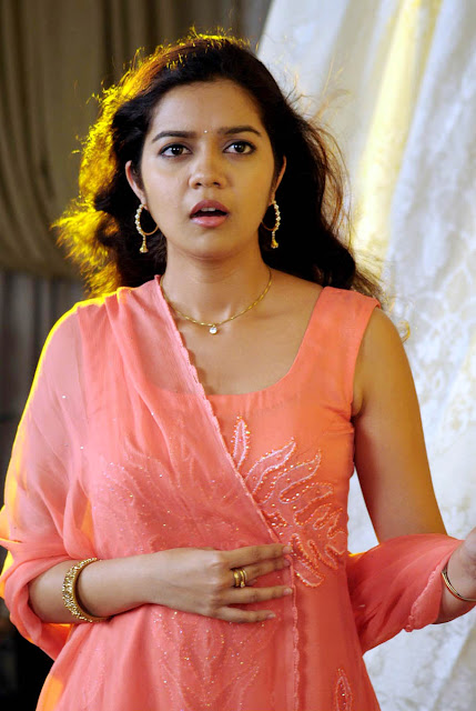 subramaniapuram swathi hot