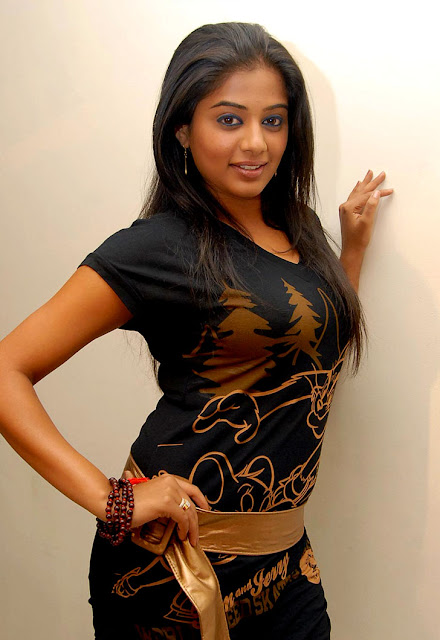 priyamani black dress