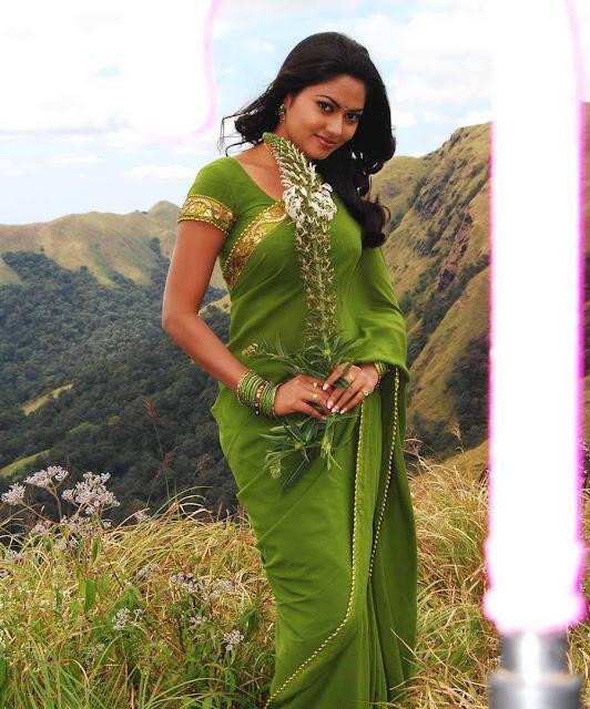 south actress suhasini sareestills