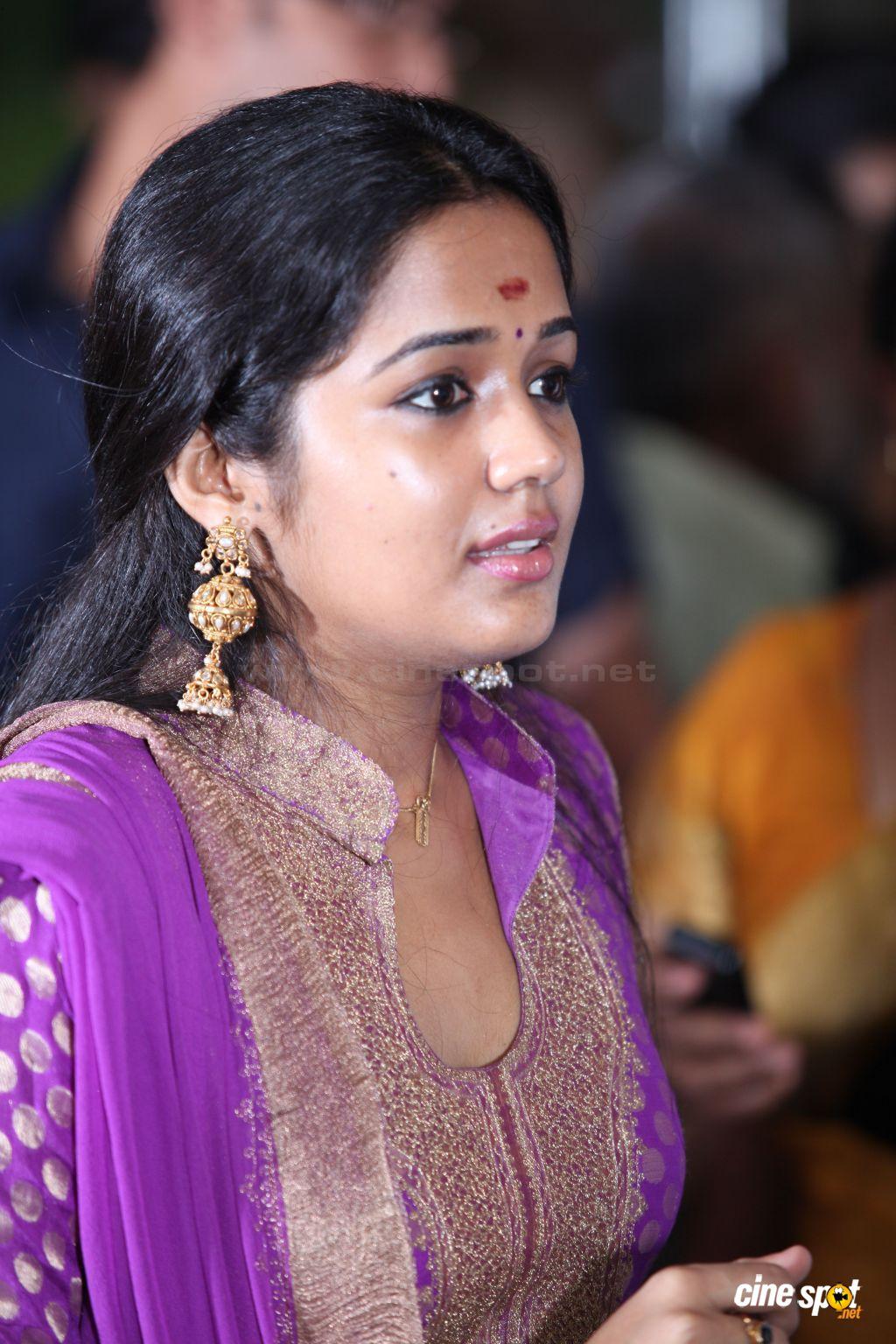 http://2.bp.blogspot.com/_t34W_TUAk0M/TNlhujKcpTI/AAAAAAAADzE/Dj1Dnkw6q7I/s1600/actress_ananya_6.jpg