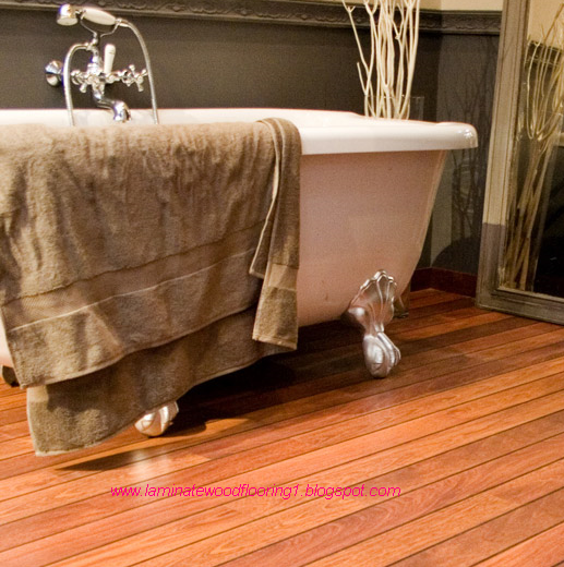 Laminate wood flooring laminate flooring bathroom for Bathroom laminate flooring