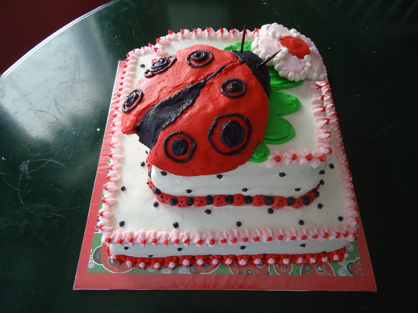 cat 39 s cake creations cute as a bug ladybug baby shower cake