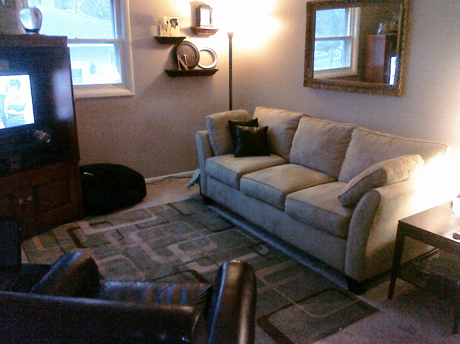 Bargain corner designs living room update that didn 39 t for Living room updates