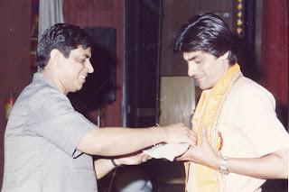 hidi hasyakavi albela khatri albelakhatri.com hindi kavita poetry kavisammelan