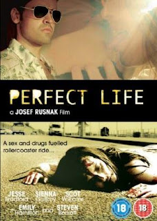 Perfect life (Victims) (2008) online y gratis