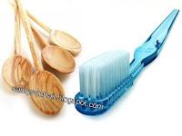 فرشاة الأسنان والملاعق الخشبية تُمثل خطراً على الصحة