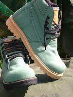 nossas botas