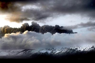 Nama-nama korban letusan gunung di islandia