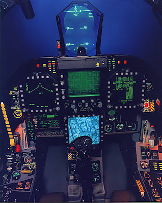 Cockpit do F/A-18 Super Hornet.