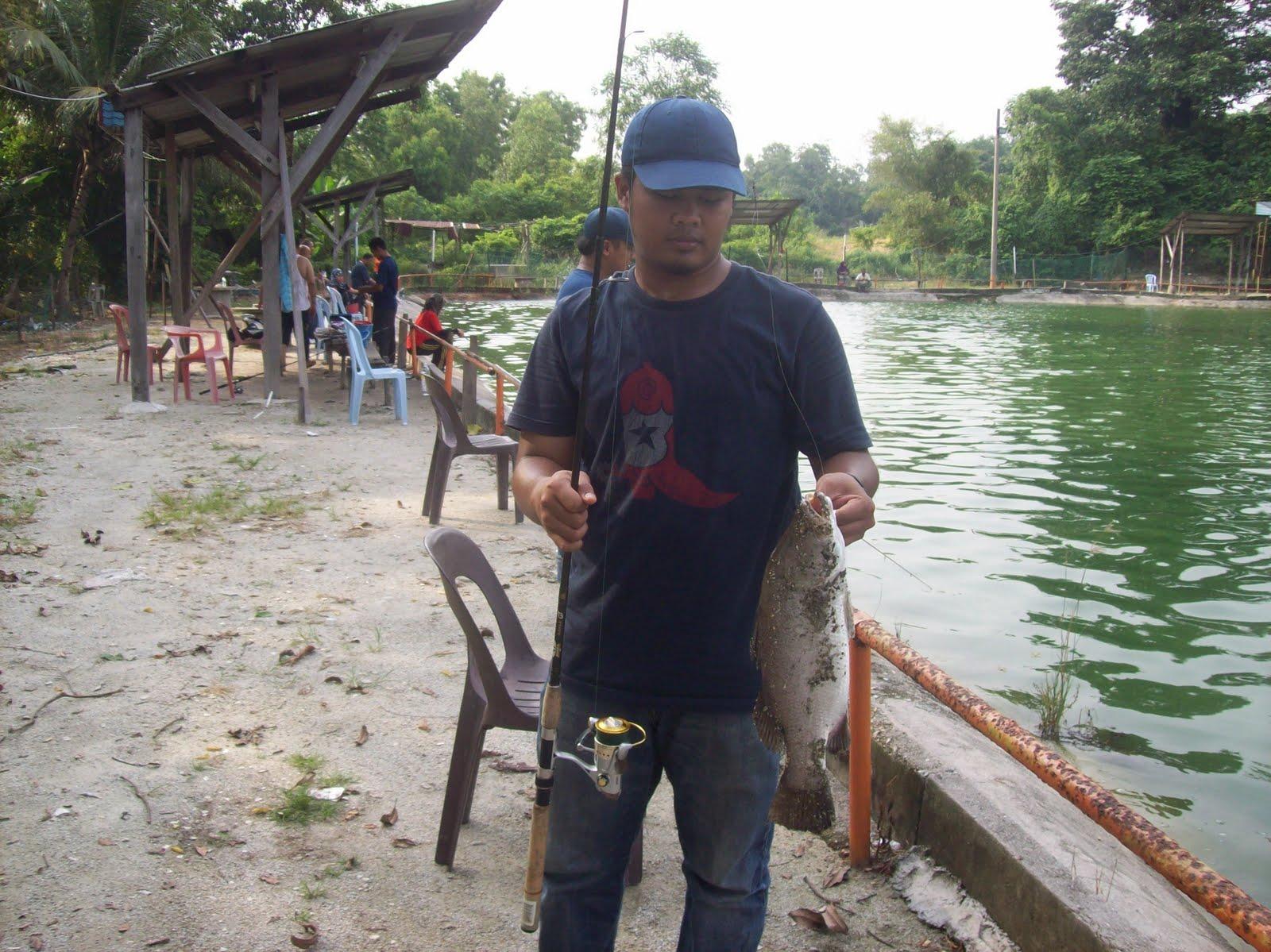 Fishing Equipment May 2010 Umpan Pancing Soft Tiddler Luminous Gid Hasil Dari Casting Dengan Udang Pasar Dibuang Kulit