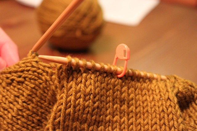 Knitting Picking Up Stitches Under Arm : The Brown Stitch The Great Underarm Divide Part II!