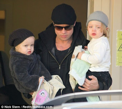 Angelina Jolie Vivienne And Knox. Pitt and Angelina Jolie