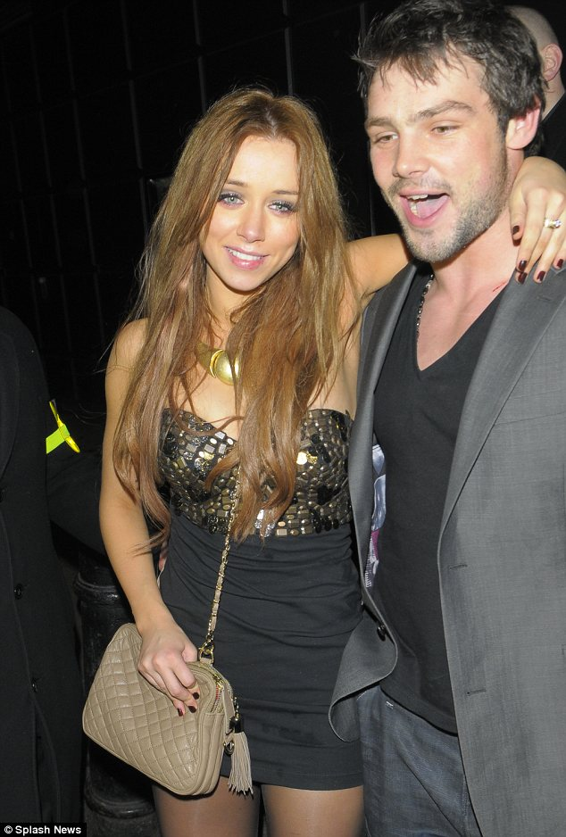 una healy ben foden. Support: Una was helped out of