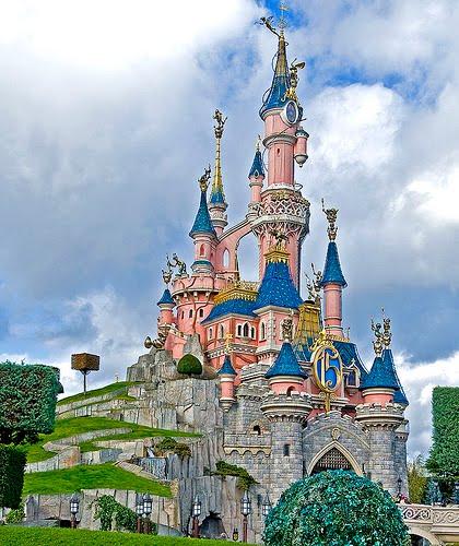 arquitectura+fantasía=castillos de Disney!!!