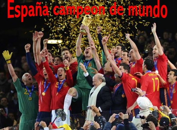 LOS 50 MOMENTOS DEL DEPORTE ESPAÑOL EN 2010 - Página 2 ESPANA-CENTRO-DEL-MUNDO-ESPANA-CAMPEON-DEL-MUNDO-2010