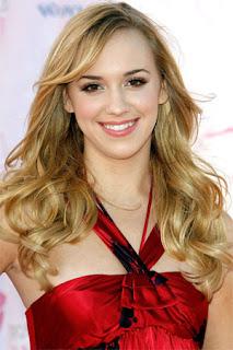 hairstyles wavy hair. Wavy hairstyles are great for medium or longer hair