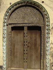 lamu carved door