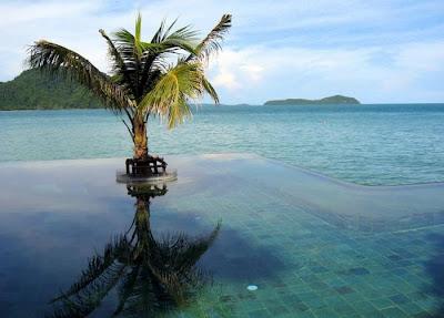 pool Phuket