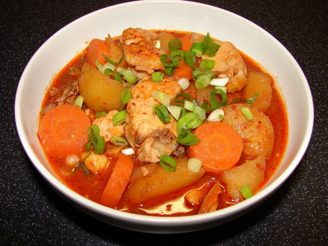 Sunflower Food Galore: Korean spicy chicken stew