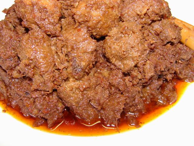 Sunflower Food Galore: Rendang Daging (Beef rendang)